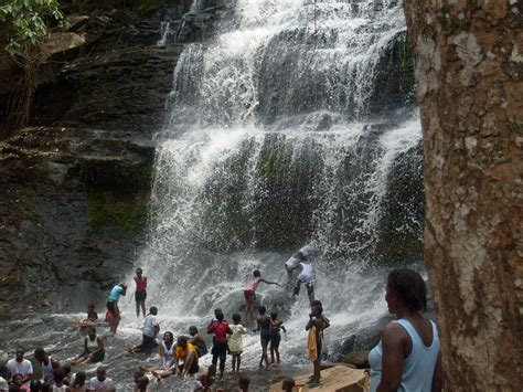 My experience in Ghana: Kintampo Waterfalls, The King's